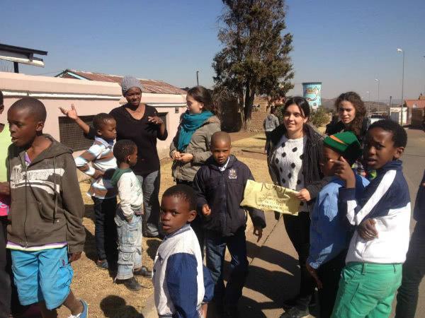 Durante el pasado verano, colaboraron en una Escuela de Formación para la Mujer que algunas personas del Opus Dei han promovido en Sudáfrica.
