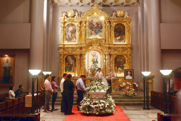 The wake was in Stella Orientis Oratory at UA&P.