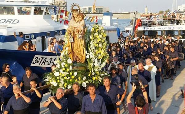 Processó de la Verge del Carme (16 juliol) al barri del Serrallo de Tarragona (GiovanniGonzales)