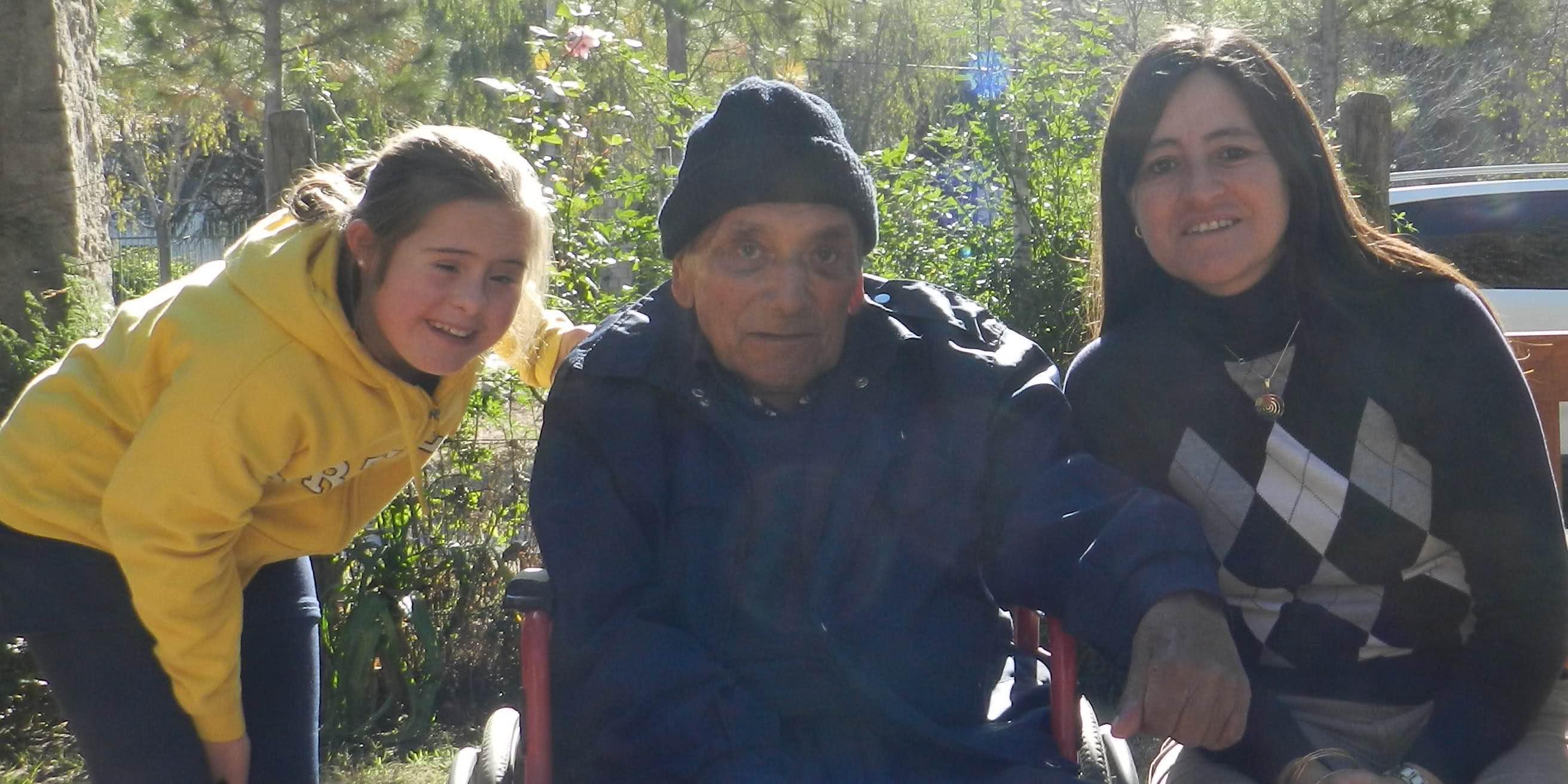 Don Garro con Soledad y Bernardita