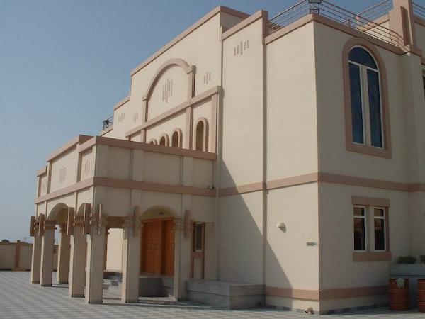 Imagen de la iglesia de St Francis en Jebel Ali (@St Francis Catholic Church, Jebel Ali, Dubai, cortesía de avosa.org)