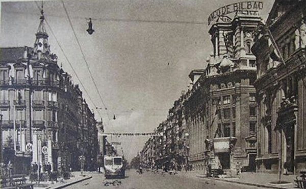 "The ""Gran Vía"" (Main Street) of Bilbao in 1940."