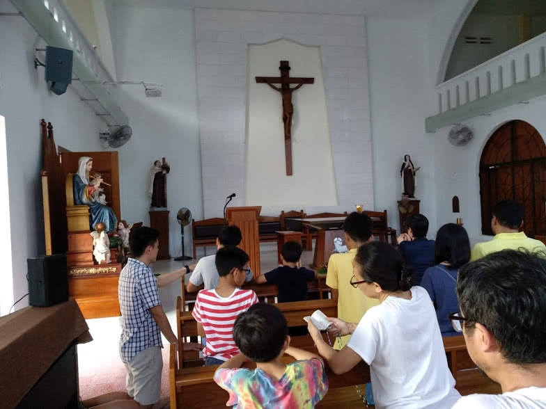 A Family Pilgrimage - Opus Dei