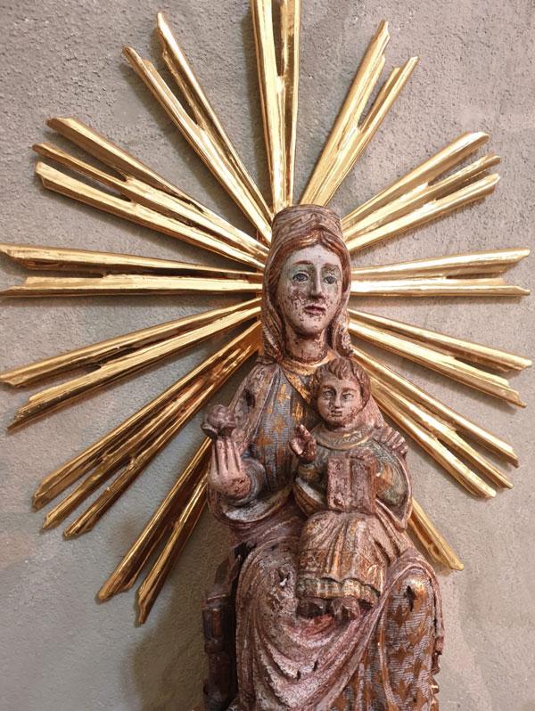 Bild av Jungfru Maria i Hedvig Eleonora kyrka