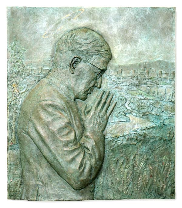 El bajorrelieve en bronce, a la cera perdida, obra de Rebeca Muñoz.