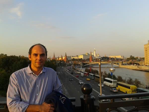 Desde Moscú viajan para impartir medios de formación cristiana a San Petersburgo y a Kiev.