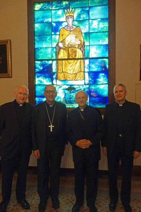 Cardinal Omella, with Monsignor Fernando Ocáriz and the regional vicars of Opus Dei for Spain and Catalonia.
