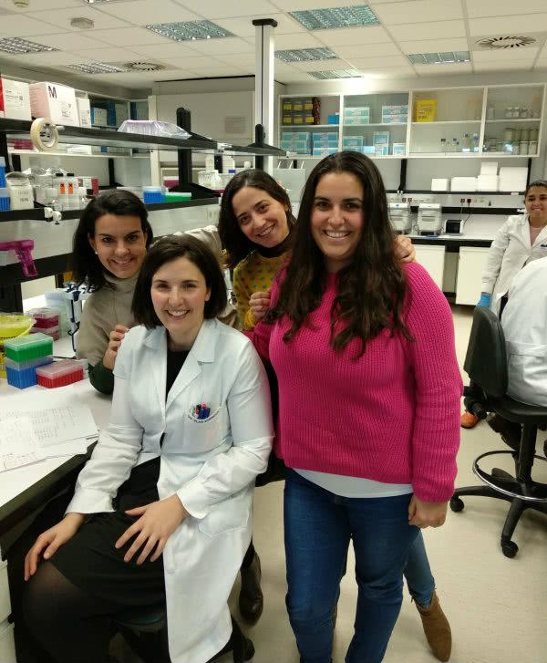 Algunas de las investigadoras del CIMA que han donado pelo.