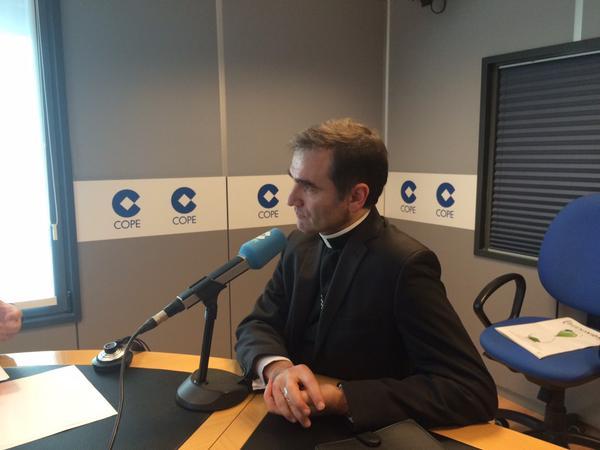 Mons. Jourdan, obispo Administrador Apostólico de Estonia fue entrevistado en El Espejo (COPE)