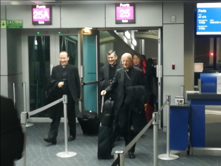 Mons. Fernando Ocáriz aterrizó en suelo panameño a las 6:45 p.m. del 24 de enero de 2019.