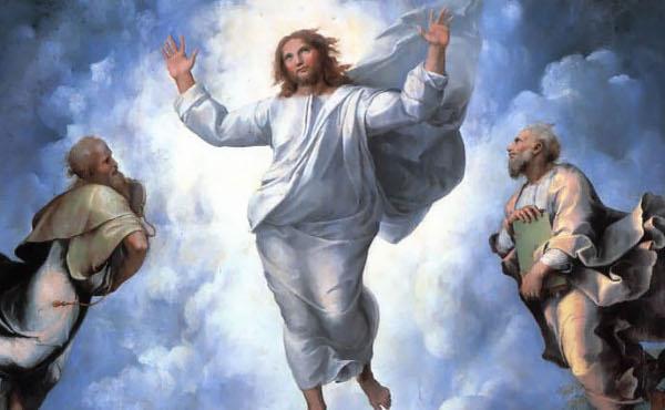 Elías y Moisés acompañan al Señor en la Transfiguración.