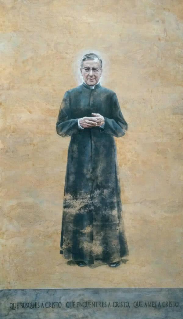 El Obispo recordó que san Josemaría estaba en la Catedral porque es un santo patrimonio de toda la Iglesia.
