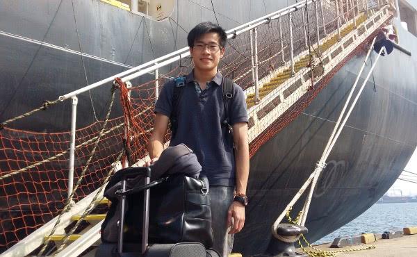 一张合约的终结。 在船上过了六个月, 回家的感觉真好!