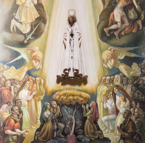 Chapelle de Notre-Dame de Fatima à la paroisse Saint-Eugène, à Rome. Au centre, une statue de la Vierge, sculptée par Léopold de Almeida ; sous la Vierge, peints par Martins Barada, les voyants de Fatima, entourés d'anges, de fidèles dévots, de plusieurs saints portugais.