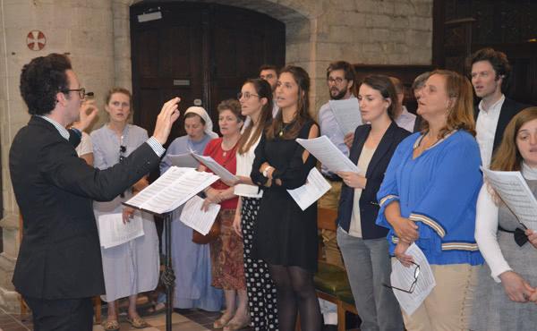 La chorale à la Messe à Notre-Dame de la Cambre