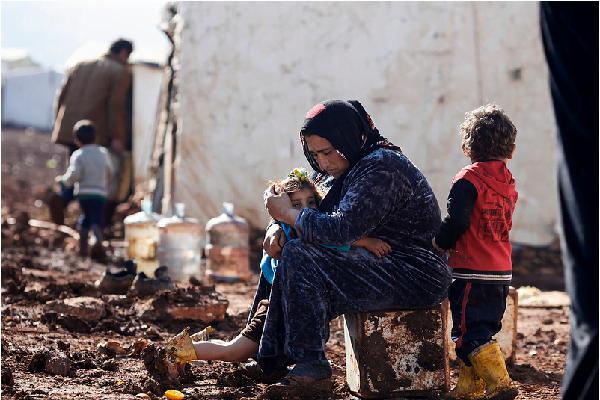 Casi cuatro millones de personas son refugiadas en otros países, y otros 7,6 millones son desplazados internos. Foto: Caritas Internationalis (Flickr)