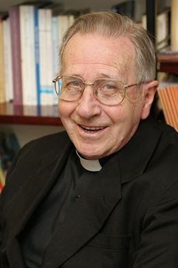 Fr. Lucas Mateo-Seco, who taught for many years at the University of Navarra