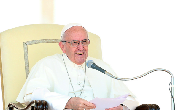 """""""Tens de acolher a palavra do Papa com uma adesão religiosa, humilde, interna e eficaz: serve-lhe de eco!"""""""