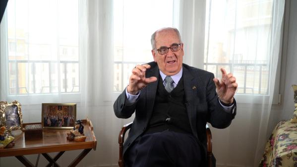 Juan Arana es Catedrático de Filosofía de la Universidad de Sevilla y académico numerario de la Real Academia de Ciencias Morales y Políticas
