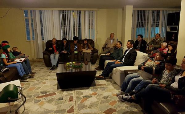 Una clase de formación cristiana en el Centro Monteverde (Bogotá, Colombia).