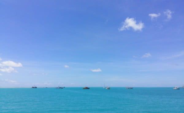 El mar de Tarawa, la capital de Kiribati, uno de los destinos de la nave.