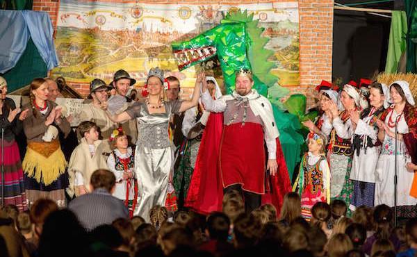En Polonia, un teatro para padres