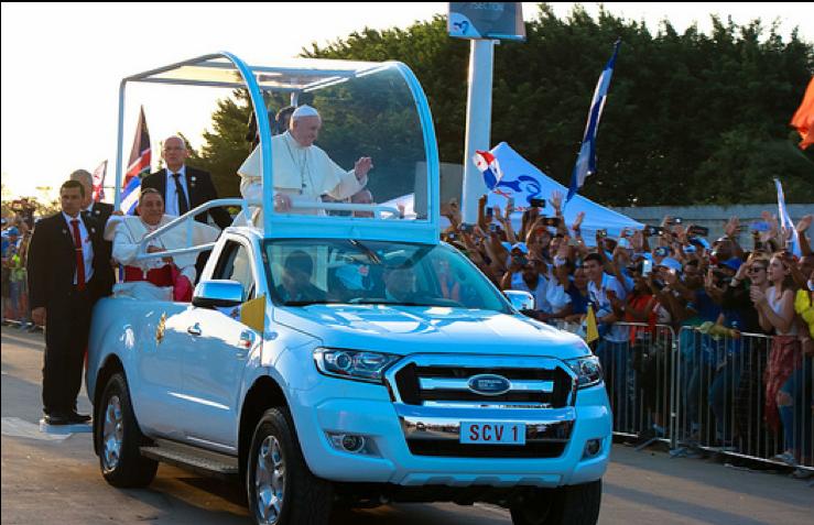 El Papa Francisco hizo un recorrido en el papamóvil por el campo San Juan Pablo II, donde se realizó la vigilia de la Jornada Mundial de la Juventud 2019. Foto: Panamá 2019