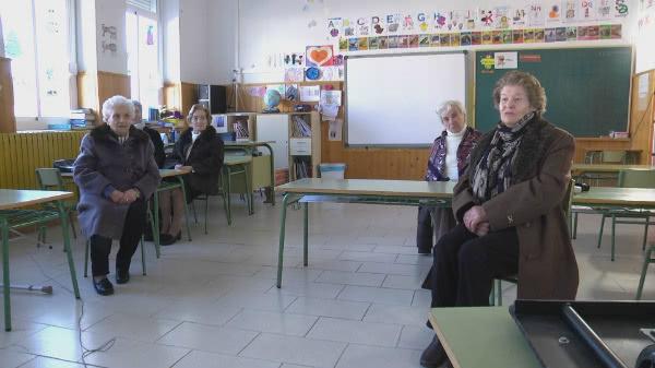 Varias alumnas de Paquita cuentan sus recuerdos en el documental.