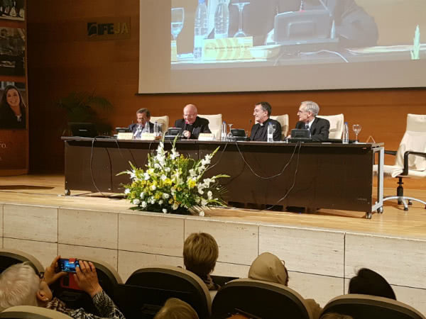Imagen de la clausura. De izquierda a derecha: Antonio Lucas, Amadeo Rodríguez, Javier Palos y Antonio Sánchez Font.