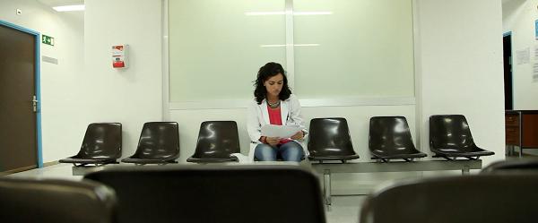 """""""Me apasiona el trato cercano con los pacientes, poder aliviarles un poco la ansiedad que provoca la enfermedad, ayudarles en lo que se pueda""""."""