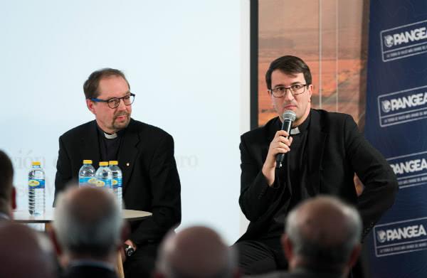 """En Finlandia hay un """"complot"""" de todas las iglesias cristianas para demostrar con su ejemplo de unidad que la ausencia de trascendencia ahoga el futuro."""