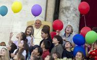 10 misli papeža Frančiška o družini