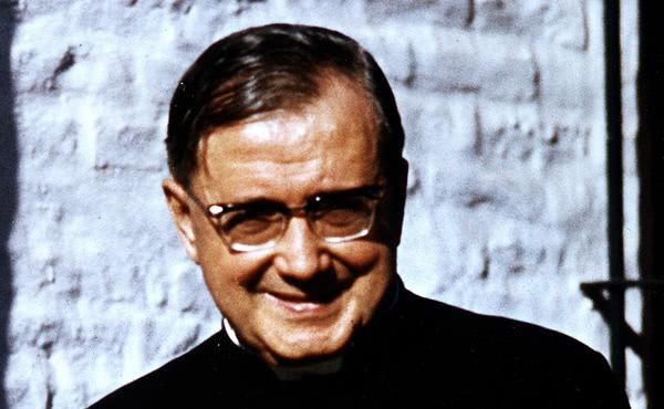 Opus Dei - San Josemaría en América del Sur, 40 años de promoción del servicio y la solidaridad