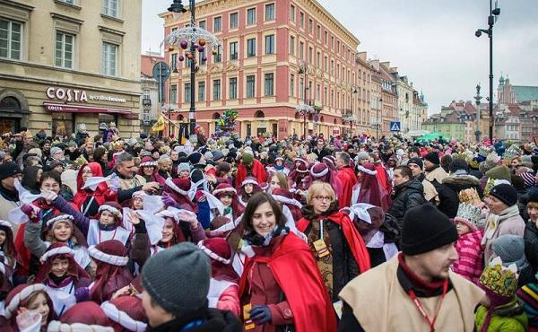 700 helligtrekongersprosesjoner i Polen