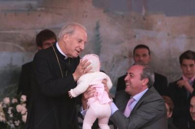 Mons. Javier Echevarría, Prelato dell'Opus Dei, durante un incontro a Cordoba