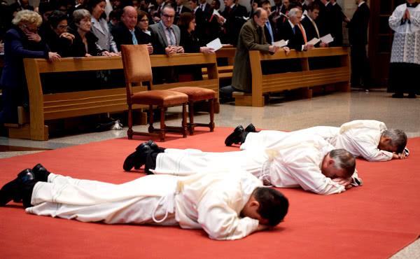 Opus Dei - Fotografie delle ordinazioni diaconali (marzo 2018)