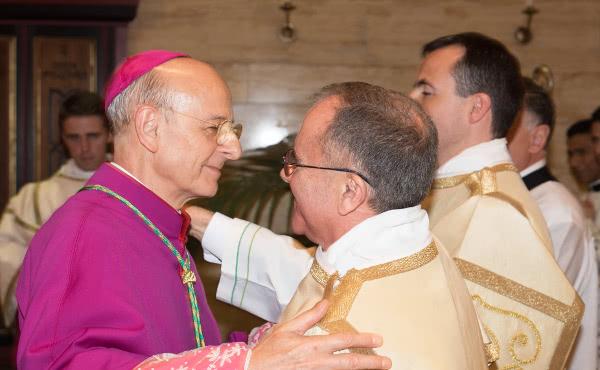 Opus Dei - Фотографії з церемонії рукоположення двох нових дияконів