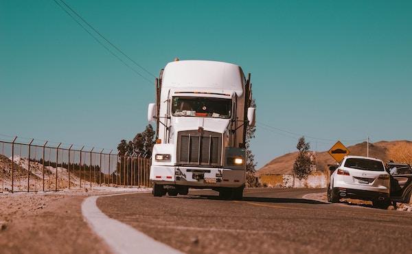 Encontró trabajo como camionero