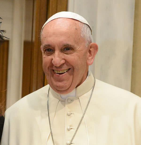Opus Dei - Paavi kehottaa rukoilemaan ruusukkoa 19.3. klo 21.00