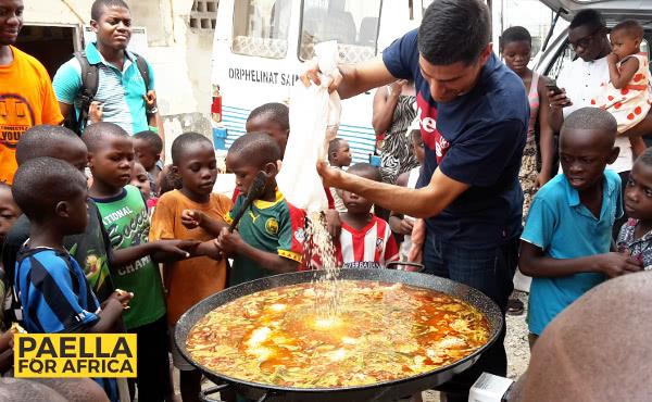 """Opus Dei -  """"Paella for Africa"""""""