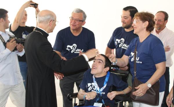 Opus Dei - Bapa Prelat berada di Panama untuk Hari Orang Muda Sedunia