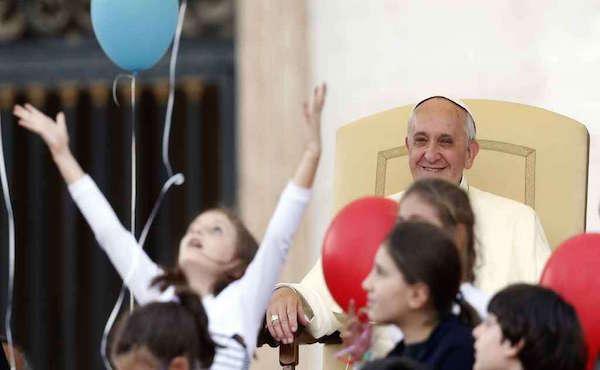 Otto consigli del Papa alle famiglie