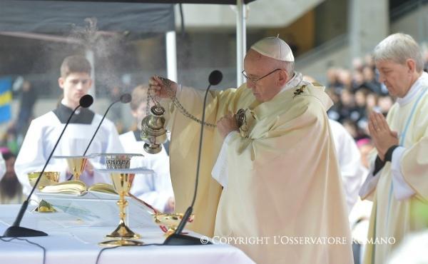 Apostolisk resa till Sverige: Angelusbönen