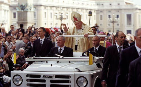 Opus Dei - Discurso do Papa João Paulo II aos participantes da canonização