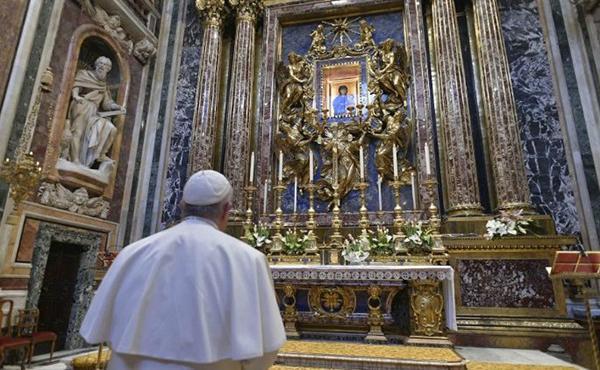 """El Papa: """"He demanat al Senyor: Atura l'epidèmia amb la mà"""""""