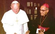 """""""Aartsbisschop Oscar Romero wordt een zeer geliefde heilige"""""""