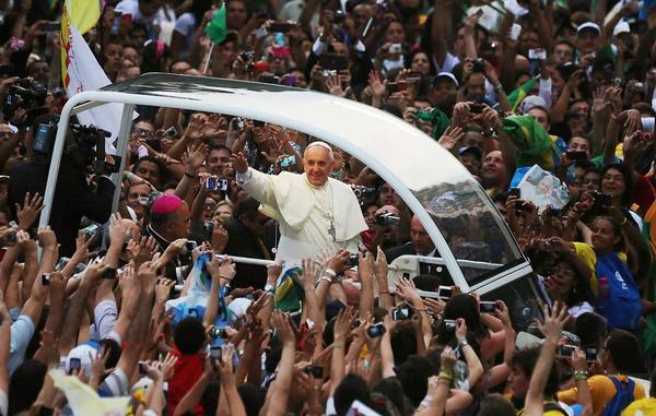 البابا للشباب: هل شعرتم برغبة اتباع يسوع؟
