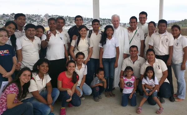 Opus Dei - La primera iglesia dedicada al beato Álvaro, en Ecuador