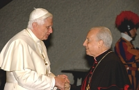 Mons. Javier Echevarría, Prelado do Opus Dei, co Papa Benedicto XVI