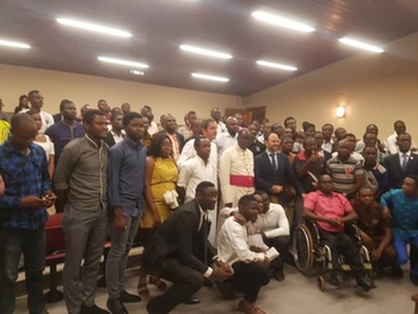 Nolanga accueille l'Archevêque de Yaoundé